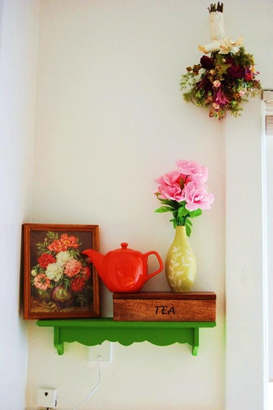 shelf 001