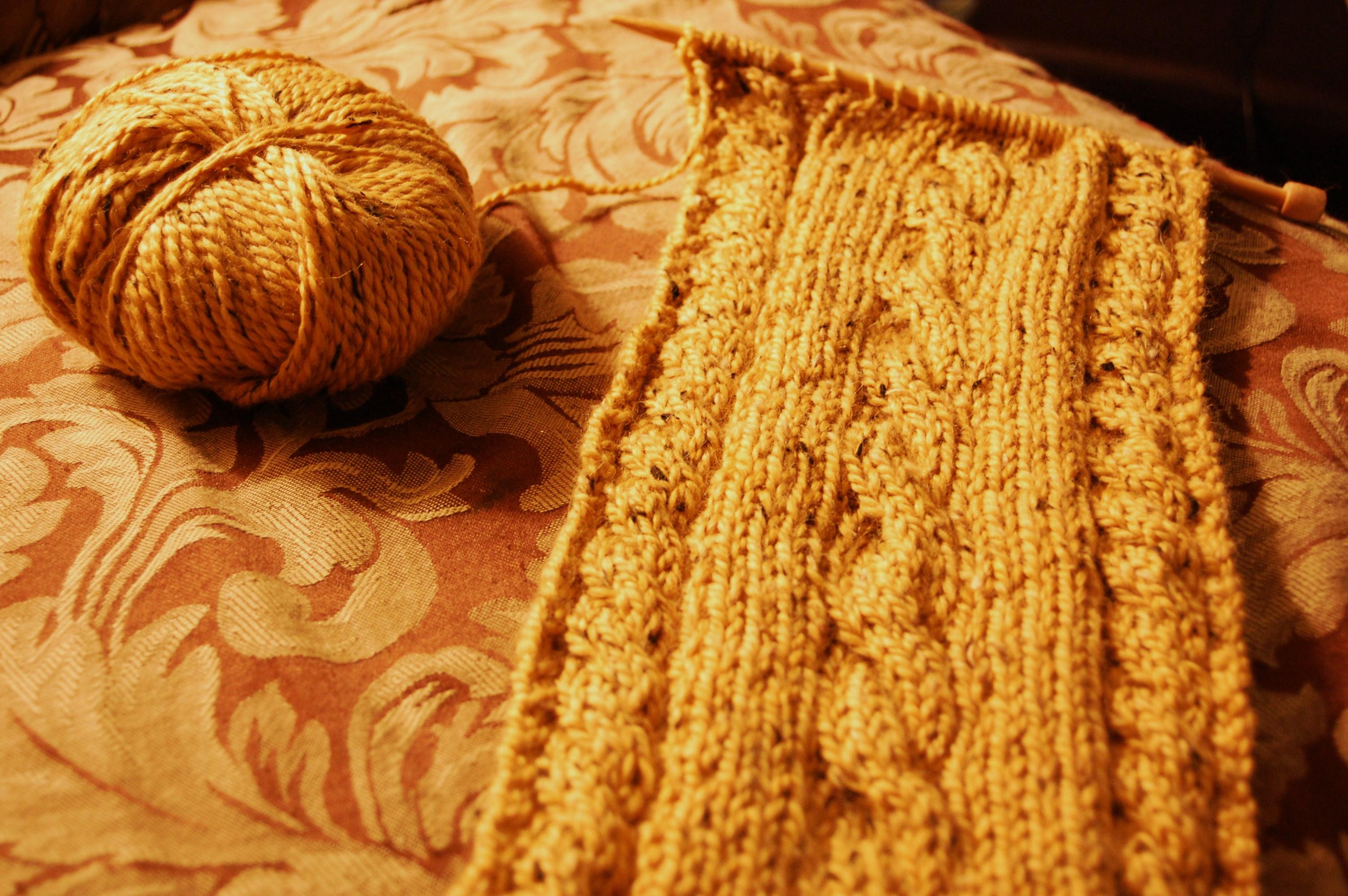 Knit Picky Patterns From Allfreeknitting : Lemon Curd Scarf Knittybutton