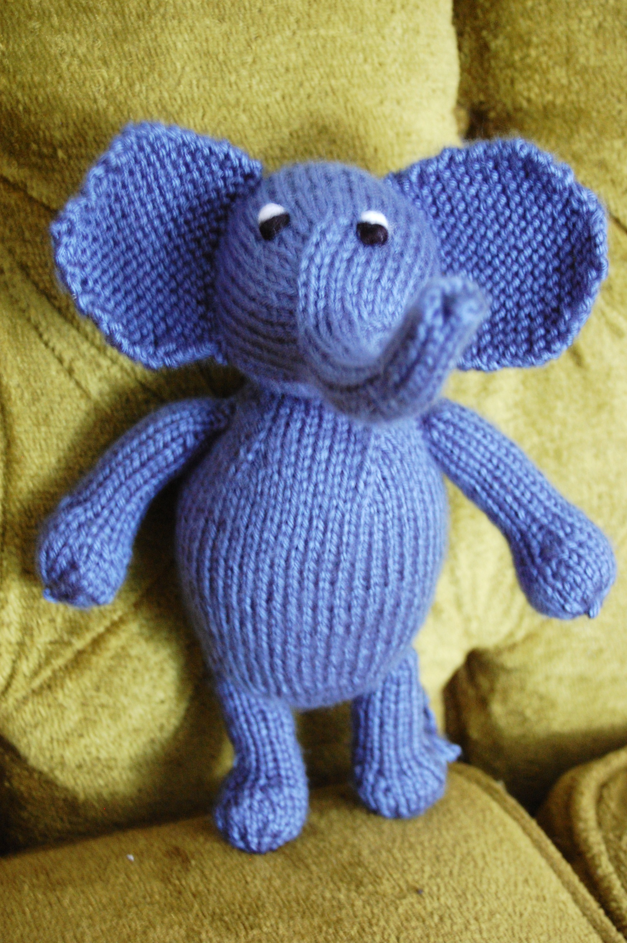 Easy Elephant Knitting Pattern : Knit Elephant Pattern